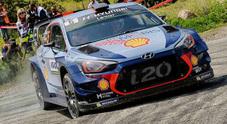 WRC, Tour de Corse: Meeke (Citroen) fuori, Neuville (Hyundai) in testa
