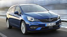 Opel Astra, l'11^ generazione è la più efficiente di sempre. Motori sotto i 100 g/km CO2, anche Sports Tourer