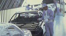 Toyota, l'utile cresce del 10,3% a 17,9 mld di euro e rivede al ribasso i target per l'anno in corso