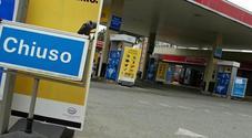 Sciopero dei benzinai il 13 e 14 maggio. Gestori confermano lo stop al pieno in autostrada