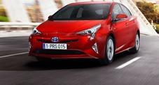 Toyota Prius, arriva la quarta generazione: la regina delle ibride rafforza lo scettro