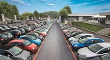 Auto, vendite ancora con segno negativo a luglio. Ma gli incentivi fanno volare le vetture elettrificate