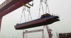 Nave cargo elettrica collaudata in Cina. Ha batteria da 1.458 kWh e 50 km d'autonomia