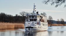 """Scania """"ibridizza"""" un battello trasporto passeggeri a Stoccolma"""