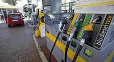 Benzina, prezzo in aumento: dopo lockdown risale sopra la soglia di 1,4 euro al litro