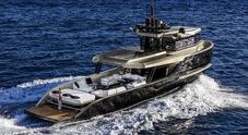 Arcadia Yacht festeggia 10 anni con l'Oscar della nautica. A Cannes la première mondiale dello Sherpa XL