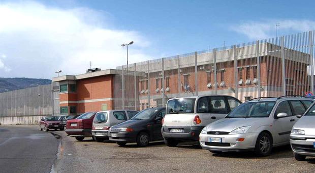 Sanguinosa rivolta al carcere di Modena: 41 detenuti trasferiti ad Ascoli