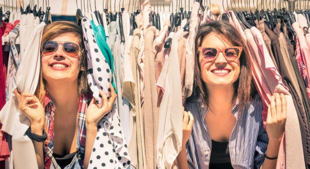 Fashion renting_credits Facebook