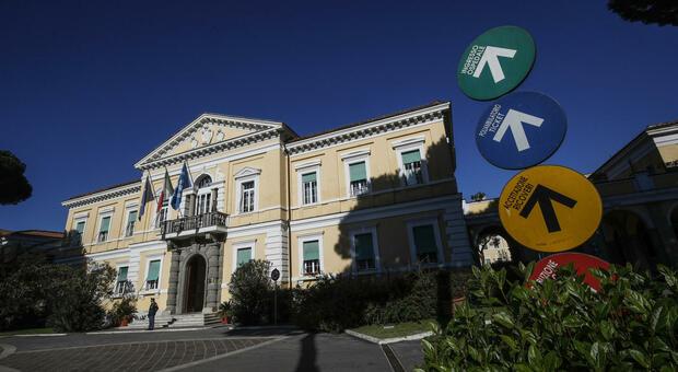 Vaccino Covid, la prima volontaria allo Spallanzani: «Spero di aiutare gli italiani»