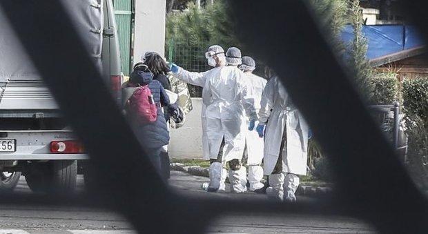 Coronavirus in Africa, in Egitto il primo caso: è uno straniero. Niccolò lascia Wuhan, domani in Italia