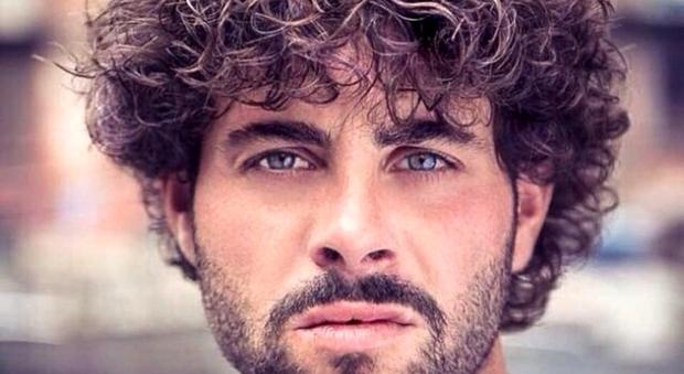 Un Posto al Sole, morto a 30 anni Marco Malpelle. «Un altro amico della troupe che se ne va»