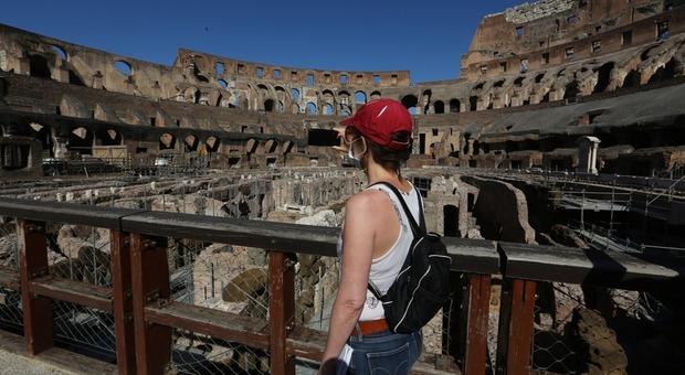 Il Colosseo visto dall'arena nella foto di Francesco Toiati