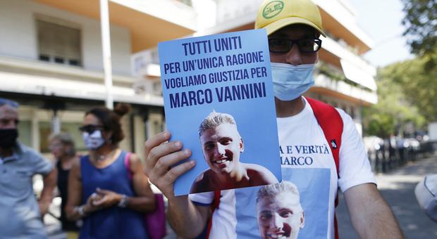 Omicidio Vannini, la testimone: «Dopo lo sparo Ciontoli disse che era solo una crisi d'ansia»