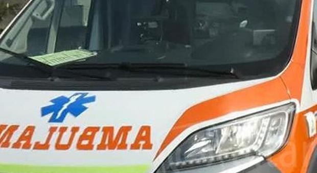 Schianto tra mezzi pesanti in autostrada, muore un camionista marchigiano di 59 anni