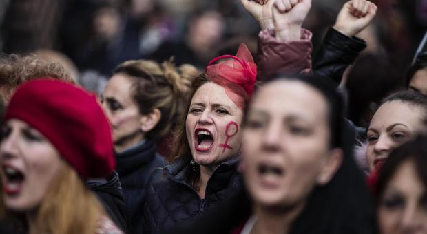 Una manifestazione contro la violenza alle donne
