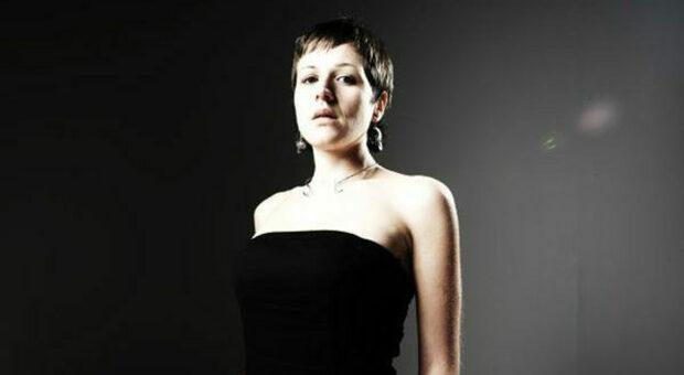 La cantante Frida Neri