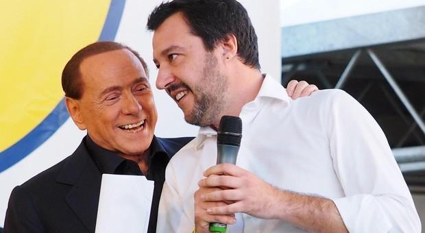 Salvini-Berlusconi, il grande gelo: «Non lo capisco più, ormai parla come Renzi»