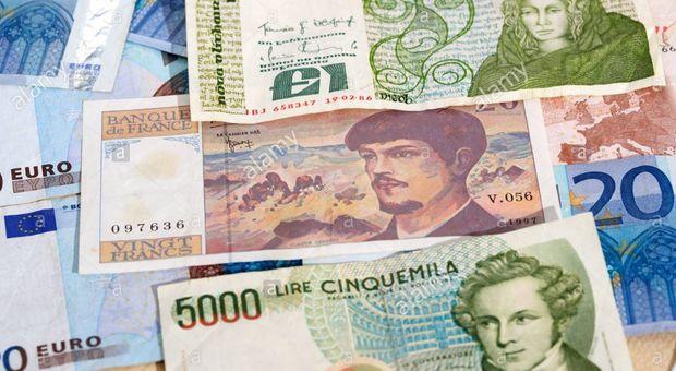 Trova tesoro del papà: 800 milioni di lire e 3.000 franchi: la Francia li cambia, l'Italia no