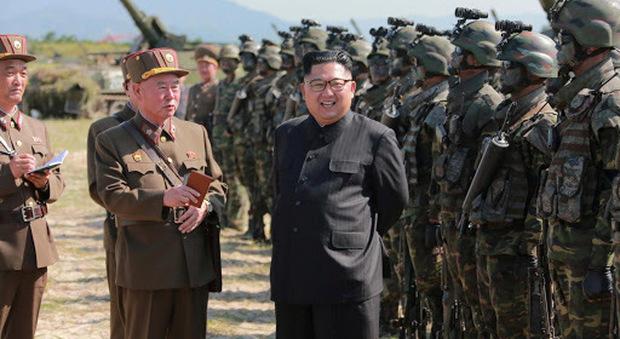 Corea del Nord spara a soldati Corea del Sud, i dubbi sulla riapparizioni di Kim Jong-un e i timori per l'arsenale nucleare