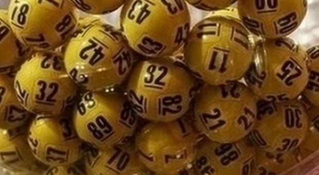 Lotto, Superenalotto e 10eLotto: caccia al colpo grosso. Alle 20 le estrazioni