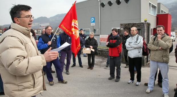 A sinistra il sindacalista Giuseppe Toigo