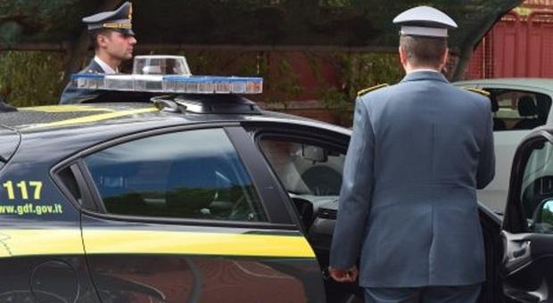 Scoperta una maxi evasione fiscale, sequestrati beni per oltre 350mila euro