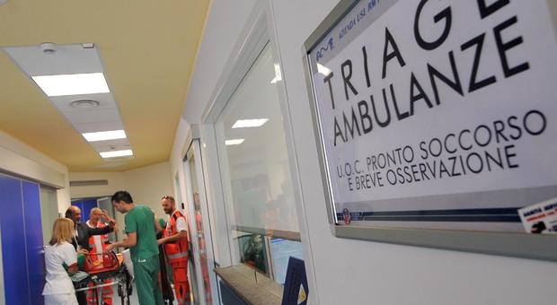 L'interno del Pronto soccorso del San Paolo: accessi e percorsi divisi per i casi sospetti di Coronavirus