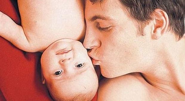 Coronavirus, allarme fertilità maschile. L'esperto: «I ragazzi guariti facciano il test»
