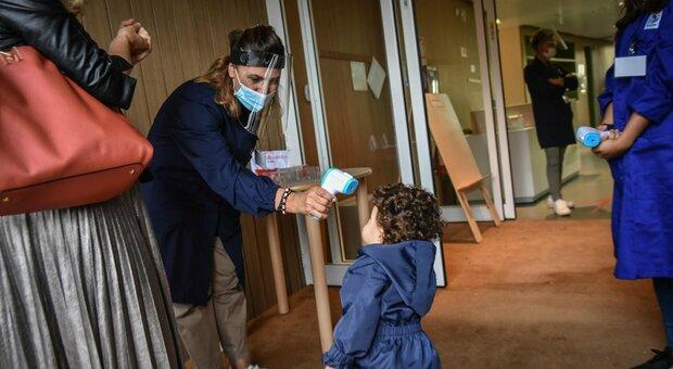 Scuola, l'Alto Adige riparte per primo: a Milano riaprono gli asili. Tempo pieno a rischio