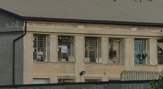 Pescara, detenuto evade dal carcere durante l'ora d'aria: ripreso dopo 4 ore