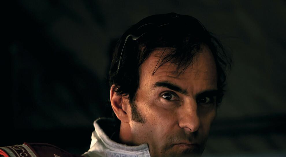 Emanuele Pirro è nato a Roma il 12 gennaio 1962 e ha vinto 5 edizioni della 24 Ore di Le Mans, corsa del quale quest'anno sarà Grand Marshall