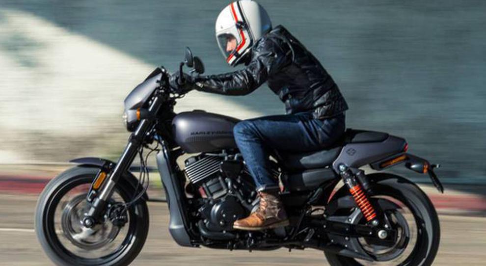 La Harley Davidson Street Rod