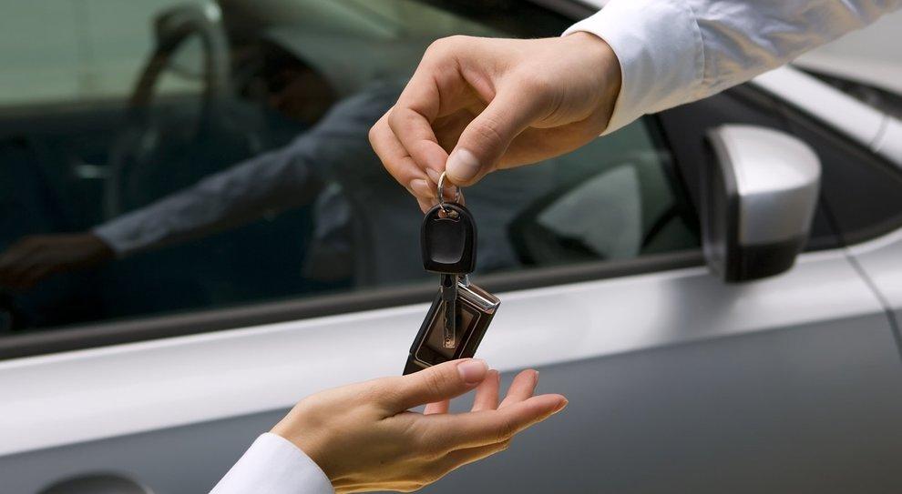 Auto a noleggio o in condivisione, in Italia quasi 1 milione. Nel 2017 fatturato +7,7% a 6ml di euro