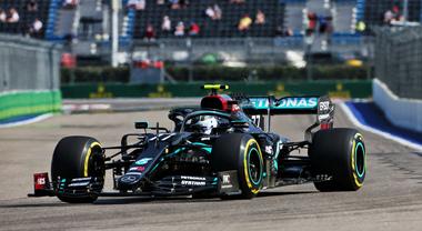Bottas apre il Gran Premio di Russia segnando il miglior tempo, Vettel davanti a Leclerc