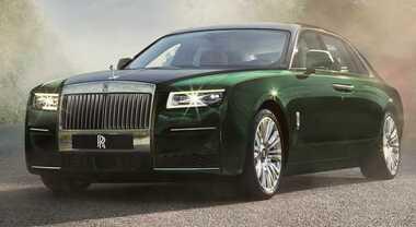 Rolls Royce Ghost, con la Extended ancora più lusso. Spazio a volontà e c'è anche il frigo specifico per lo champagne