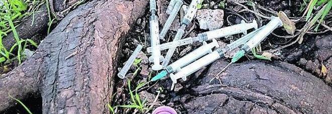 Emergenza eroina sintetica, la nuova droga killer fa il primo morto. Il Ministro: «Allerta massima»