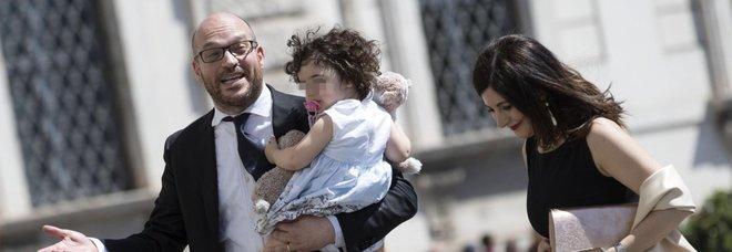 Fontana, neoministro alla Famiglia: «Quelle gay non esistono». E Salvini lo bacchetta