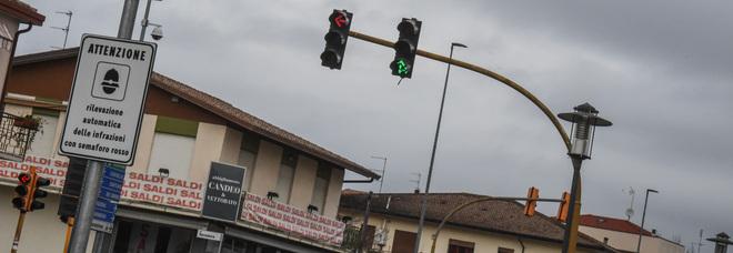 I semafori in Centro tornano al verde anni '70