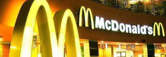 Firenze, spaccio di droga nel McDonald's della stazione: sospesa per sette giorni la licenza