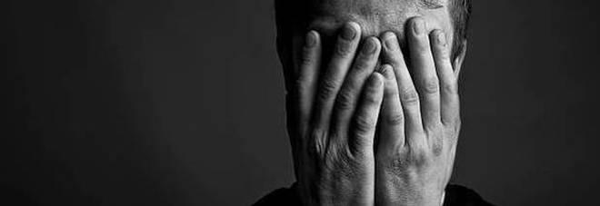Schizofrenia, nel capello la spia che permette di scoprire la malattia prima delle allucinazioni
