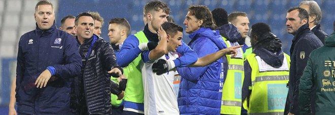 L'under 21 batte 3-0 l'Islanda: Sottil e doppietta di Cutrone. Rissa finale