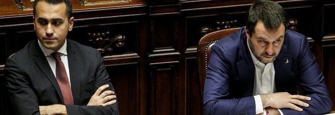 Di Maio: «Stanco delle liti tra Salvini e Raggi». Il leader della Lega: i romani non hanno bisogno di regali