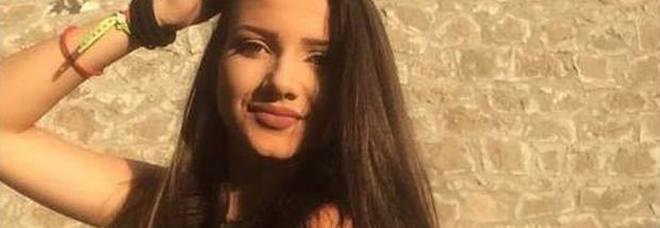 In ospedale per un malore, viene dimessa: Aurora torna a casa e muore a 16 anni. Indagato un medico