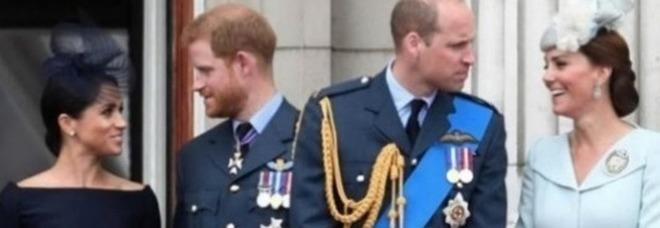 William e Kate, lezioni di stile a Harry e Megan? In viaggio con un low cost da 70 sterline