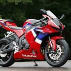 Honda CBR600 RR, più potente e nuova elettronica. Per ora arriva solo in Giappone in attesa di Euro 5 per Europa