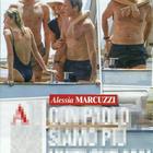 Alessia Marcuzzi e Paolo Calabresi in barca con i figli Tommaso e Mia (Chi)
